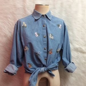 VINTAGE embroidered top.